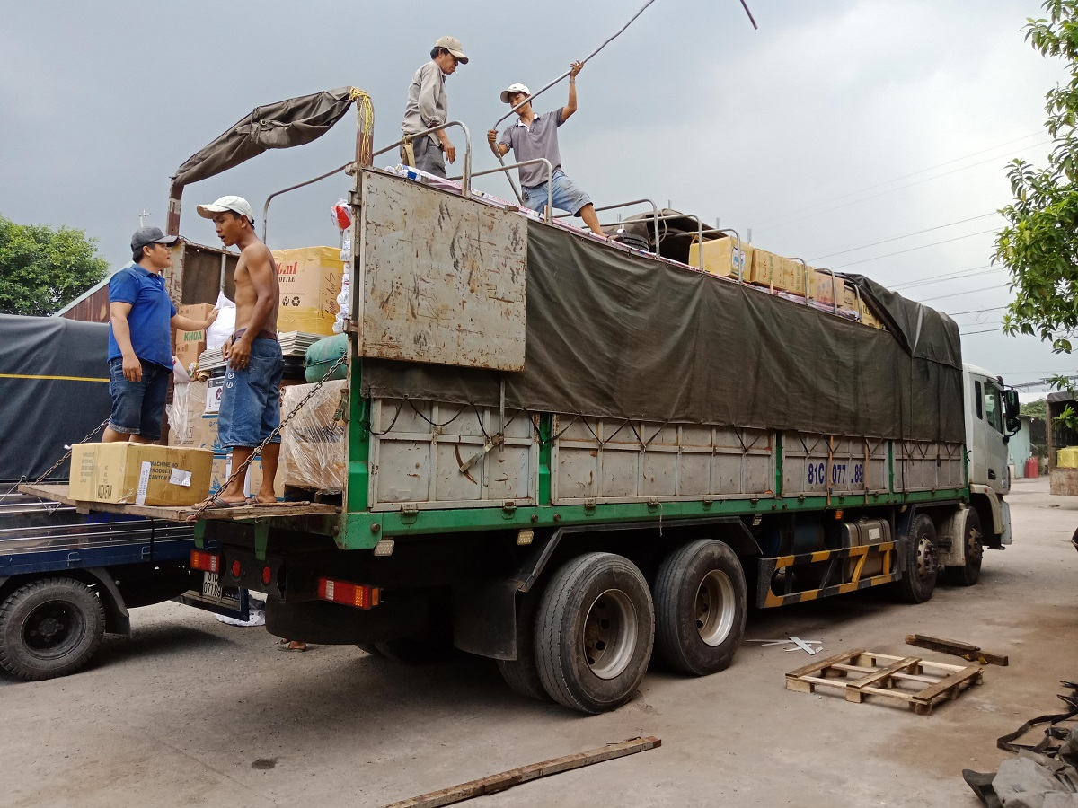 hàng lẻ hàng ghép từ Bình Dương đi Viêng Chăn